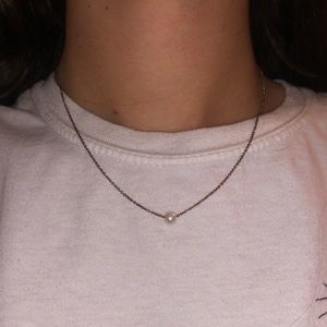Jewelry - little pearl necklace